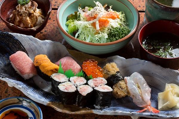 (有)富寿司